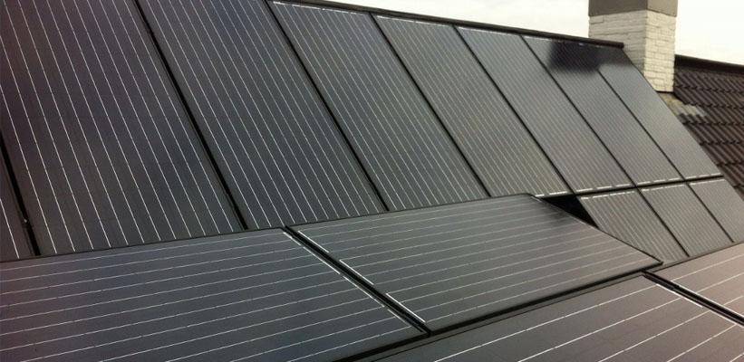 Panelen optioneel ook in kleur zwart te leveren